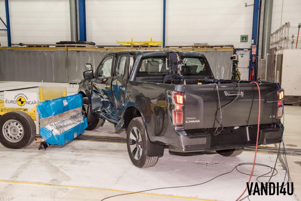 Isuzu D Max pick-up attains 5-stars in Euro NCAP crash test   Vandi4u