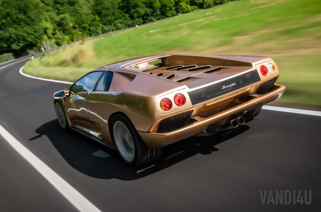 Lamborghini Diablo turns 30: Top 5 things you need to know | Vandi4u