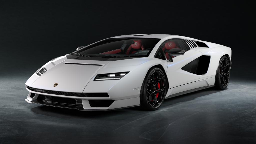 Lamborghini Countach LPI 800-4 front