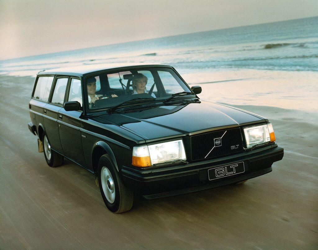Volvo 245 GLT UK