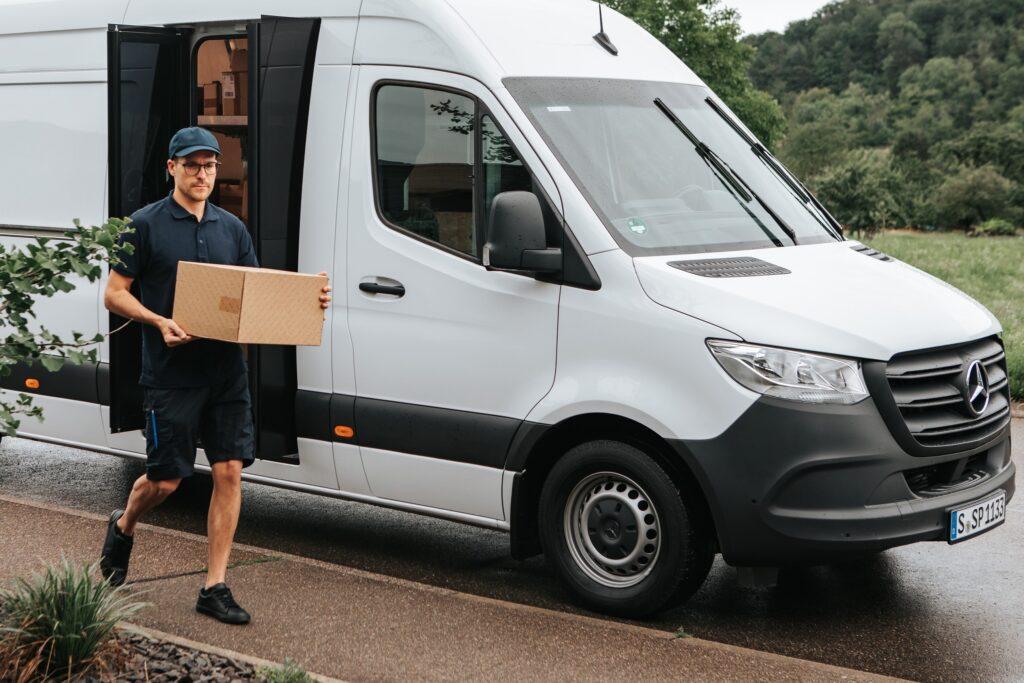 Mercedes Benz speed delivery door